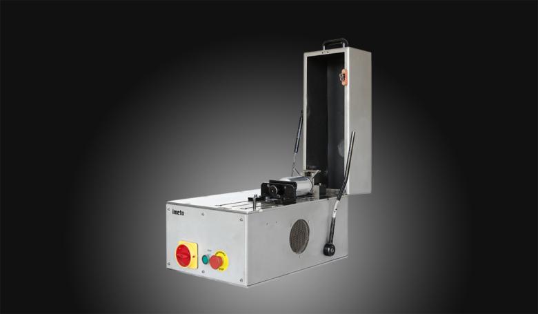 Semiautomatic seam saw